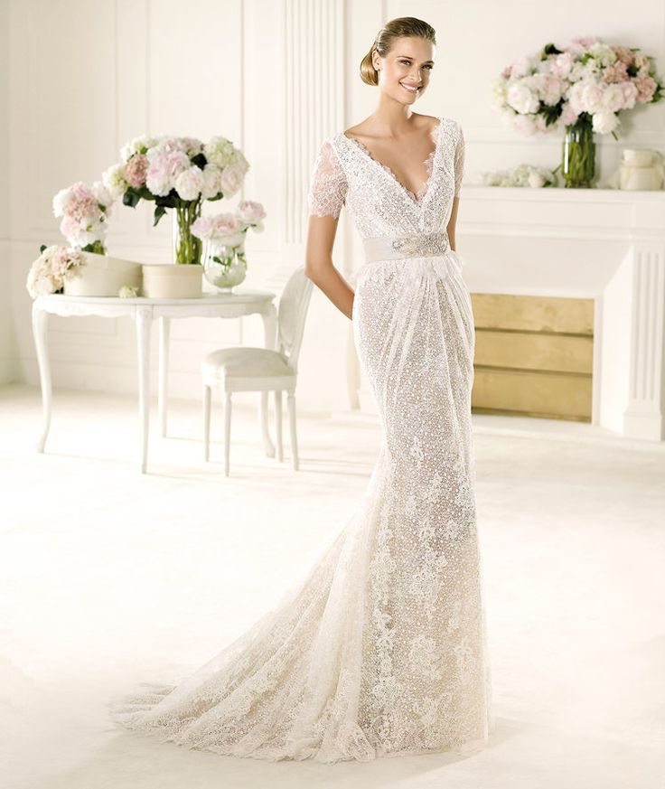 Very pretty, not sure I can pull off this style - Pronovias presents the Vergel wedding dress, Manuel Mota 2013.