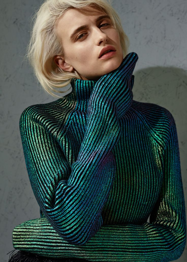 #ranitasobanska #fashion #inspirations collection : iridescent cropped jumper