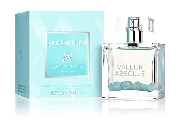 (ValeurAbsolue)_Serenitude   Sérénitude is described as a 'soothing and calming composition'. From first sniff the burst of pink peppercorn, cardamom and nutmeg is instantly invigorating, while the comforting and familiar heart of Damask rose and base notes of sandalwood, benzoin and patchouli deliver a distinct touch of Zen.