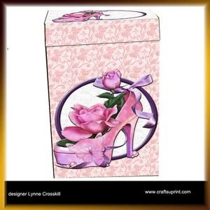 High Heels, Roses & Ribbon Gift Box