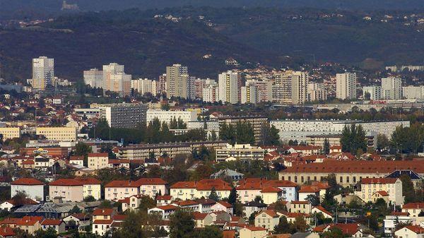 Clermont-Ferrand de nouveaux tirs dans le quartier des Vergnes - France Bleu