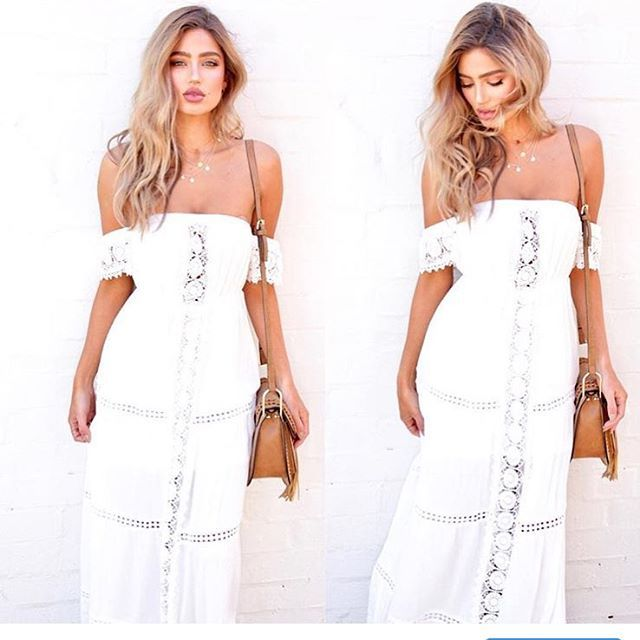 White dress lovin 🙌🏻✨ Find the perfect white dress @ginghamandheels 🌾#summer #whitedress #fashionaddict