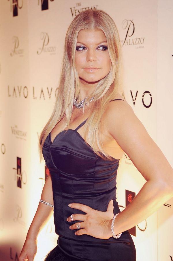 Fergie #singer #blackeyedpeas   Fergie   Pinterest Fergie