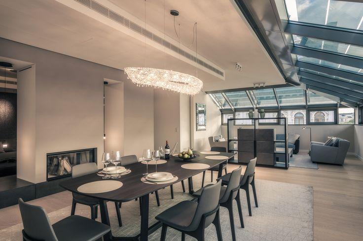 Rose crystal chandelier #crystalchandelier #chandelier #lighting #lightingdesign #interiordesign #luxury #furniture #interior #Manooi
