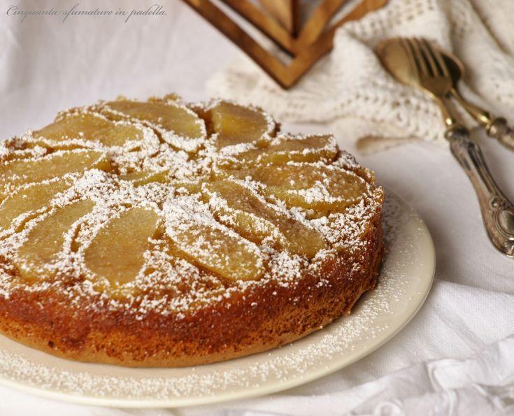 La torta rovesciata alle mele integrale è una torta rustica, caramellata, davvero buonissima! Semplice e veloce da preparare!