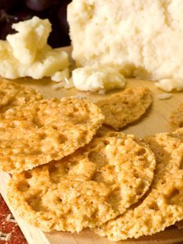 Baked Parmesan Cheese Crisps | Low Carb Snack Cracker