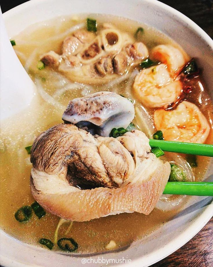 This made a delightful breakfast to kick off a new day full of energy   Pork Leg & Shrimp Noodle Soup (Bánh Canh Giò Heo) - $7.50   Pho Ha Tien San Francisco CA…