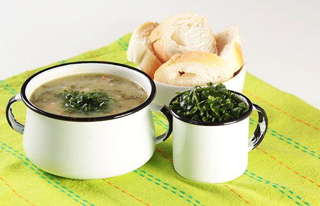 aprenda essa receita de caldo verde super tradicional e perfeito para o friozinho.
