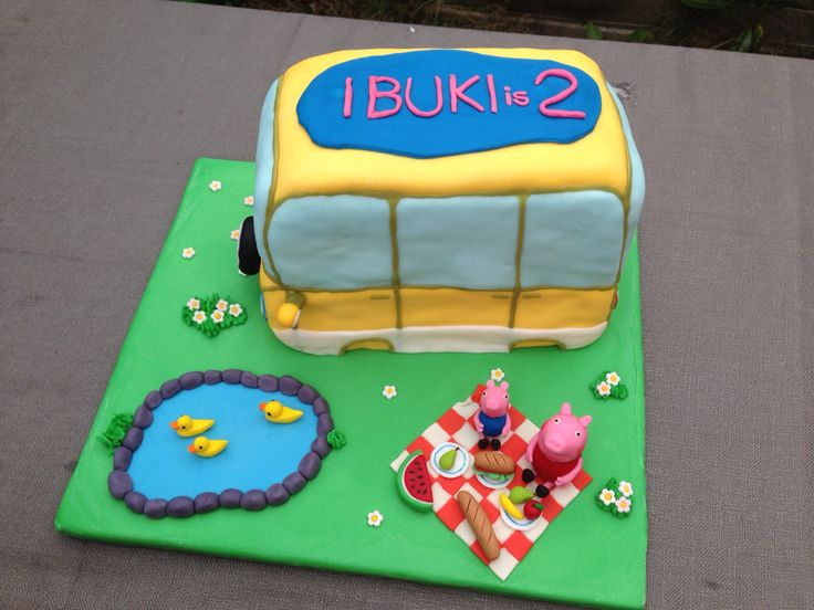 Peppa Pig Camper Van Birthday Cake!!