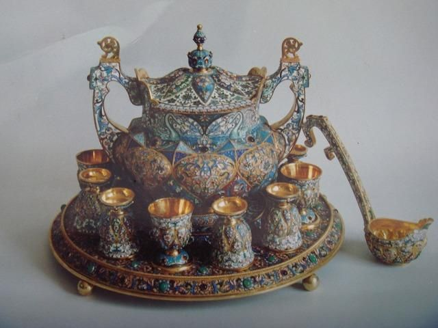 1000 Images About Punch Bowls Amp Sets On Pinterest Antiques Green Milk Glass And