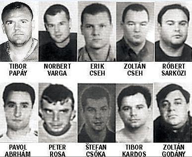 DUNAJSKÁ STREDA – Policajti v Dunajskej Strede vykonali záťah proti údajným vrahom mafiánskeho bossa Ľudovíta Sátora.