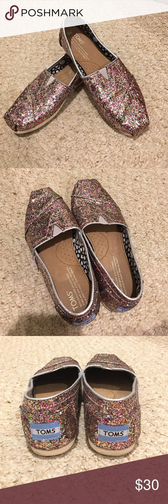 ✂️💲PRICE CUT✂️ Rainbow glitter TOMS loafers Rainbow glitter TOMs, lightly worn. TOMS Shoes Flats & Loafers