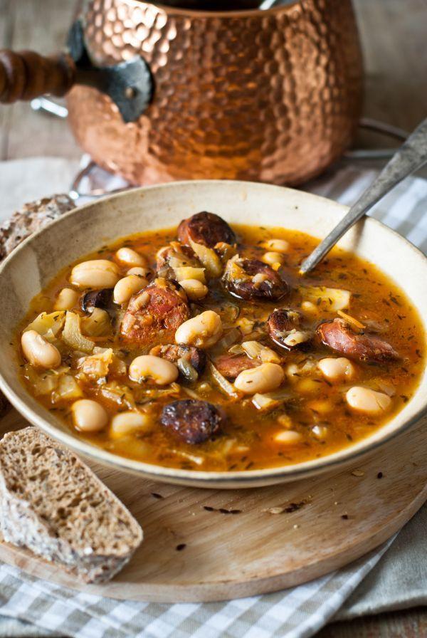 Sedliacka polievka s fazuľou a klobáskou - Recept pre každého kuchára, množstvo…