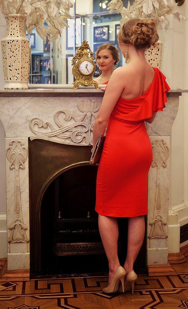 """Одеваться стильно – это не значит одеваться дорого. Совсем недавно я открыла для себя Питерскую компанию  """"CASINO"""", которые с  1998 специализируются на производстве платьев.  Меня приятно порадовали цены на платья -  от 790 до 1490 рублей.  Это очень маленькая цена, учитывая превосходное исполнение  и качественные материалы изделий."""