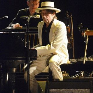 """New Bob Dylan album Shadows in the Night review: """"a quiet stormer"""" - GQ.co.uk"""