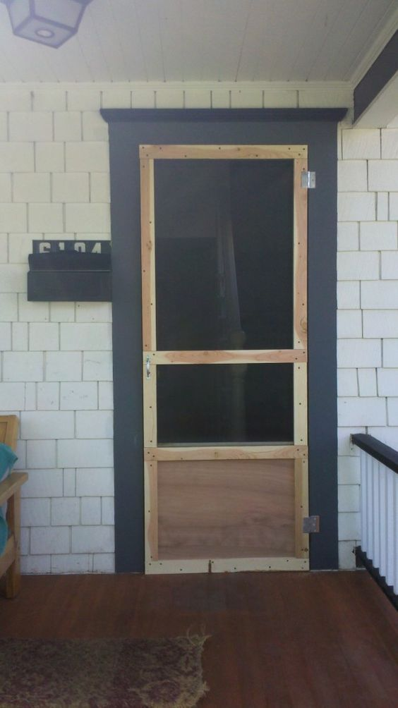 Popular DIY Screen door I would want two panel on the bottom instead of one