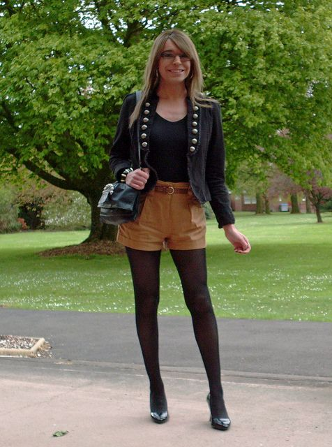 215 Best Hose Heels And Short Skirts S Images On