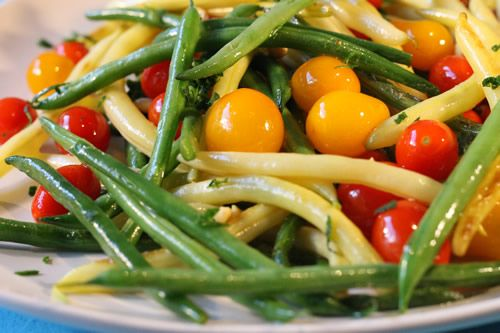 String Bean 'n Cherry Tomato Sauté...Break up the mid-week dinner blahs with this pretty and colorful side dish. Pan to table in less than 15 minutes!