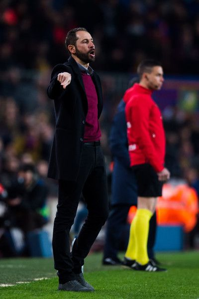 Head Coach Pablo Machin of Girona FC gives instructions during the La Liga match between Barcelona and Girona at Camp Nou on February 24, 2018 in Barcelona.