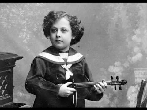 (Very Rare!!) Jascha Heifetz (age 11!) - Mozart 'Gavotte in G' from 'Idomeneo' (1912) - YouTube