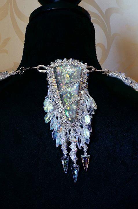 Baïkal Back of the necklace Dos du collier