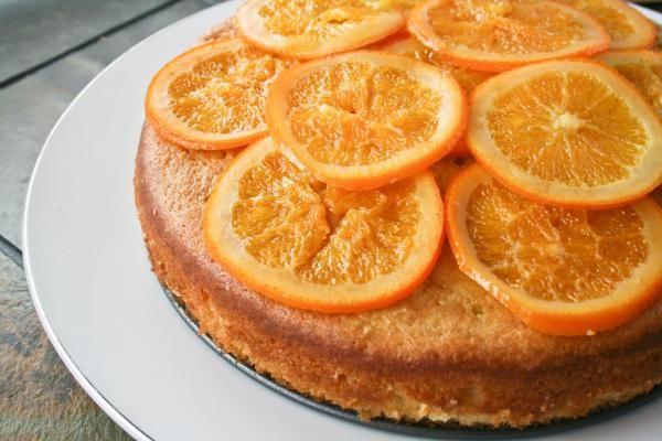 Aprenda a preparar bolo de laranja com farinha de arroz com esta excelente e fácil receita.  O bolo de laranja é um dos bolos mais gostosos, ótima pedida para servir...