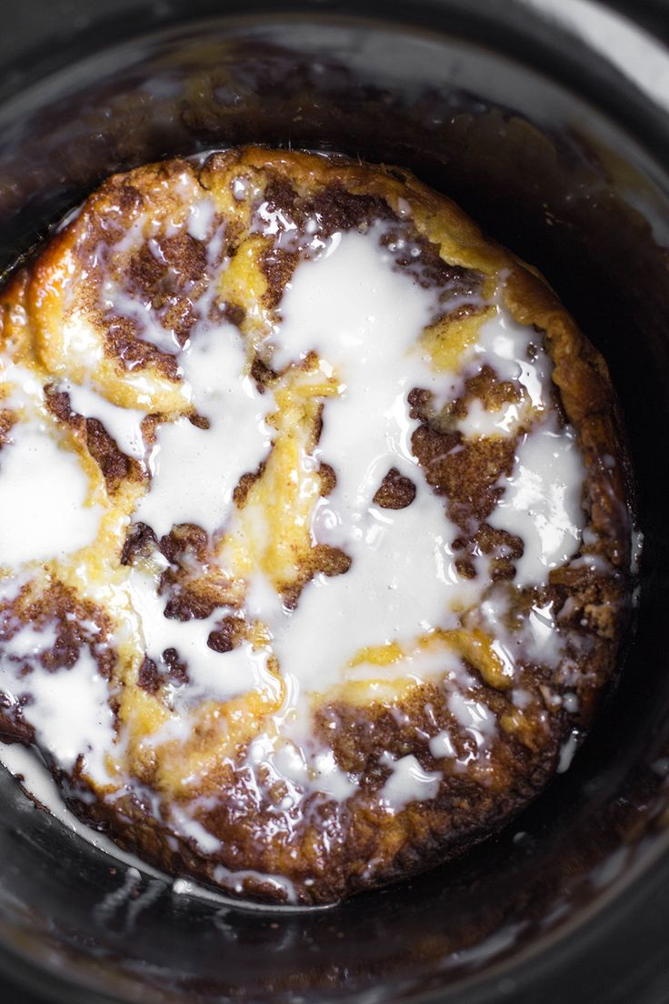 Bookmark this simple slow cooker recipe to make Cinnamon Roll Bread Pudding for Easter dessert.