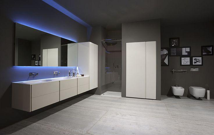 Oltre 1000 idee su vasca da bagno doccia su pinterest vasche da bagno e vasche - Decor italy vasca ...
