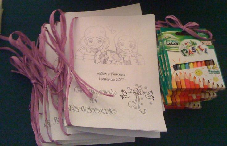 Colorando al Matrimonio: libretti e colori per bambini