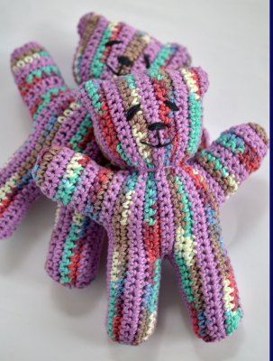 crocheted bears for Team Lewis, used Sugar 'n Cream ombre and a solid lavendar