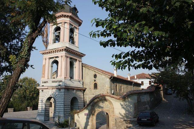 Под Тепето - Прекрасният пловдивски средновековен храм, който никога няма да видим