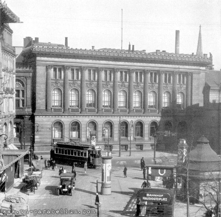 Hausvogteiplatz in den 30ern