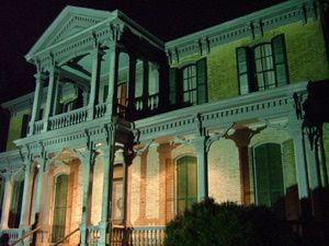 Nashville's Best Haunted Houses: Bell Witch Cave