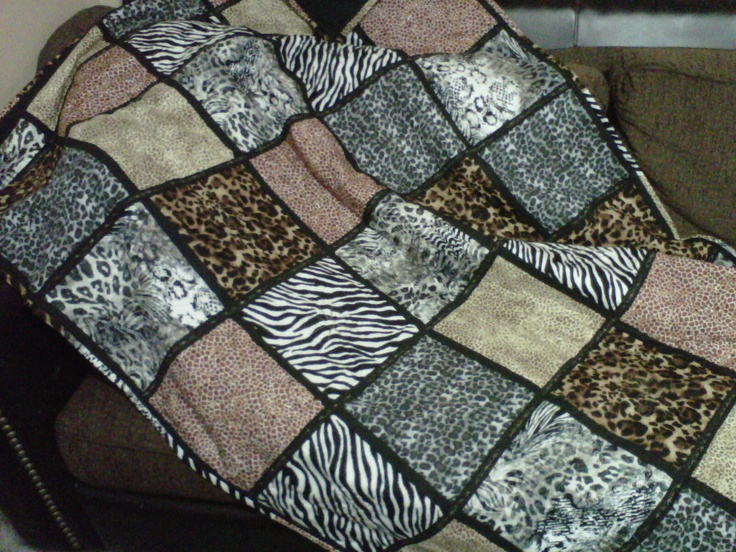 738 best SEWING = RAG, PUFF & CHENILLE QUILTS images on Pinterest ... : leopard print quilts - Adamdwight.com