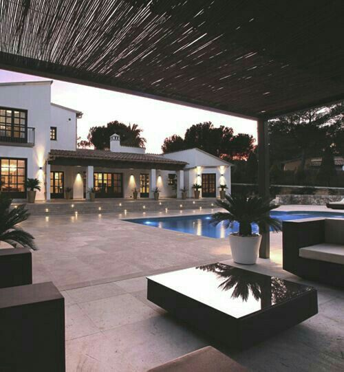 house luxury and pool kp