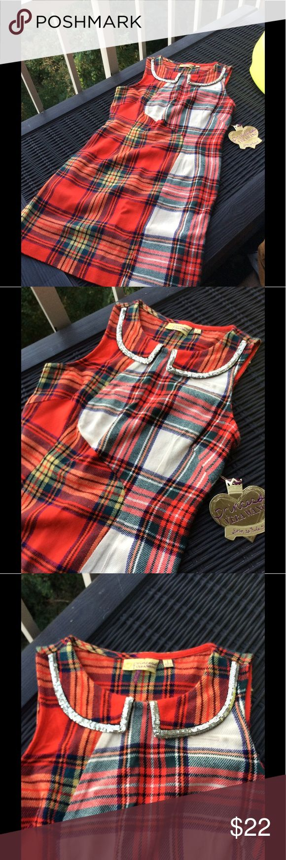 Princess 👸 Vera Wang Tartan Dress NWT Princess Vera, size 1, Tartan dress with a Peter Pan glitterered collar.  Size is in Vera Wang-fit. Please review measurements for actual fit. More like a 6X-8. Check measurements.  New wth tags. Vera Wang Dresses Casual