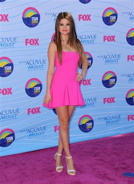 17 Best ideas about Selena Gomez Pink Dress on Pinterest - Selena ...