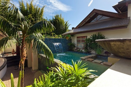 $450 for a 2 night stay in a Balinese villa, Byron Bay - looks amazing!