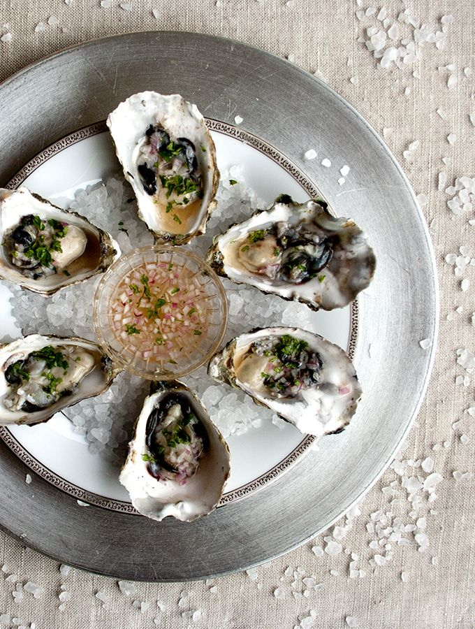 Oysters / huîtres, always perfect with #champagne