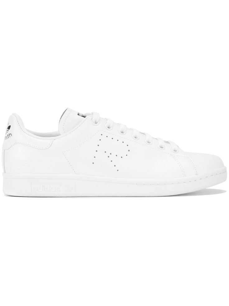 ¡Consigue este tipo de deportivas de RAF SIMONS ahora! Haz clic para ver los detalles. Envíos gratis a toda España. Adidas By Raf Simons - Stan Smith Sneakers - Women - Leather/Rubber - 5.5: White leather Stan Smith sneakers from Raf Simons. Size: 5.5. Gender: Female. Material: Leather/rubber. (deportivas, sport, deporte, deportivo, fitness, deportivos, deportiva, deporte, trainers, sporty, plimsoll, sportschuhe, tenis, chaussures sportives, sportive, deportivas)