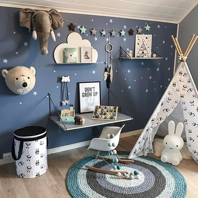 Litt nytt på rommet til Oliver 💙 Sebra skrivebord,hylle og bokstavpuslespill fra @carmell.no 💙😍 Hva syntes dere? . / Some changes in Oliver's room 💙 What do you guys think? . - #carmell #sebra #sebrainterior #boysroom #tipi #sebramoment #wallsticker #gutterom #kidsdecor #kidsstyle #kidsinterior #kidsinspo #kidsroom #playroom #home #decorforkids #kinderkamer #kinderzimmer #love #interiorstyling  #barnerom #mittbarnerom #barnrumsinspo