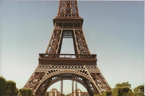The Eiffel tower, base section. 35mm with Minolta x 570