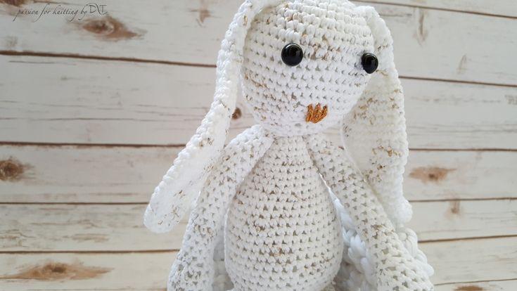 CROCHET HANDMADE BUNNY  WHITE Crochet handmade bunny white with golden glitter. Size 35 cm. Handmade product.@DLThandmade https://www.facebook.com/DLThandmade/ #crochetbunny made with love for a happy childhood #crochettoy #DLThandmade #passionforknitting