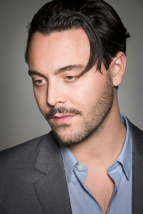 facial hair grooming - designer stubble