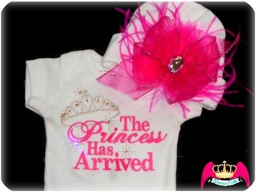 This will totally be a take home outfit when I have a baby girl!! Love it! If I have a girl this is the outfit she will have
