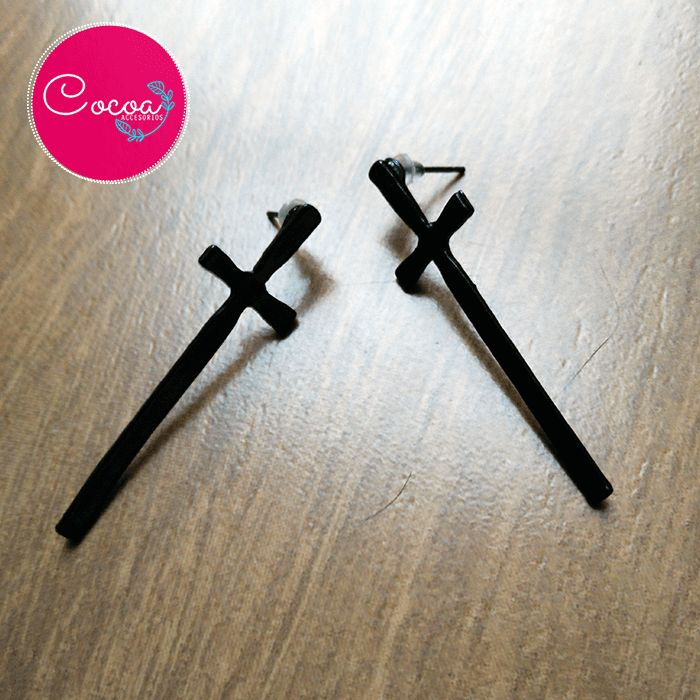aretes en forma de Cruz #accesorioscocoa