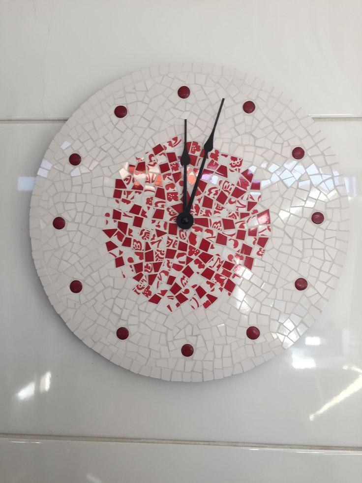 Mosaic wall clock Fernanda Elortegui