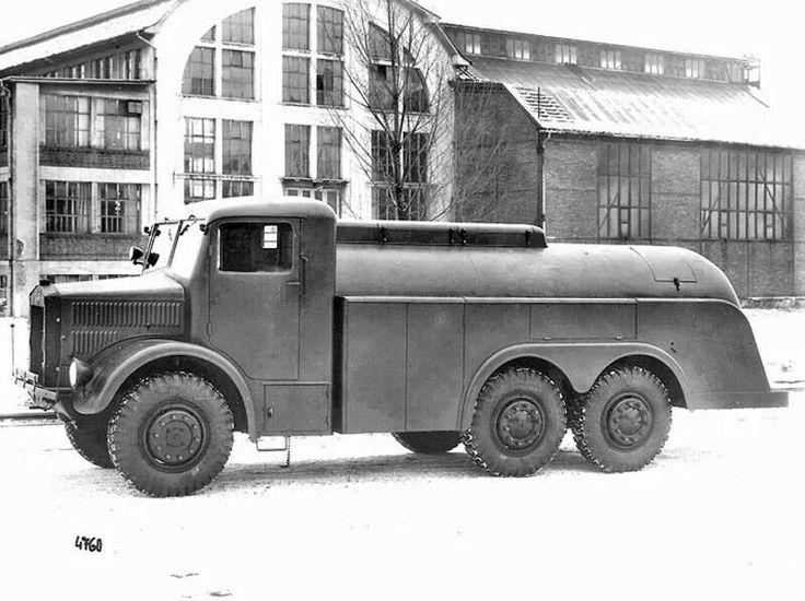 Tatra 85