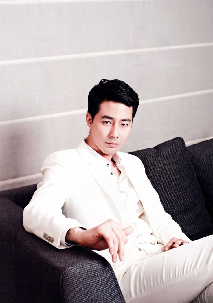 Jo In Sung He is best known for his leading roles in television series what happened in Bali, that wind Blows and the films A Dirty Carnival and A Frozen Flower.