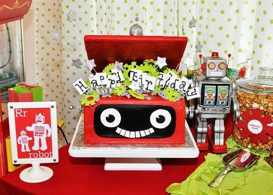20 boy birthday partiesRobots Parties, Birthday Parties, Boys Birthday, Boys Parties, Robots Birthday, Parties Ideas, Robots Theme, Birthday Cake, Birthday Ideas